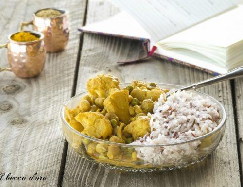 Curry di cavolfiore e legumi