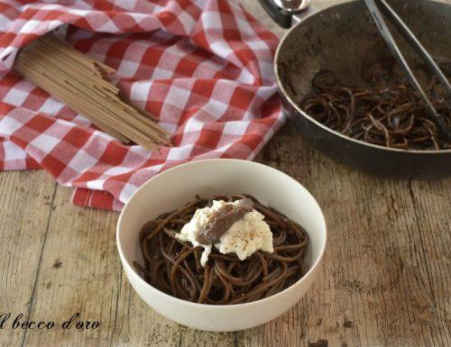 Spaghetti con burrata e alici