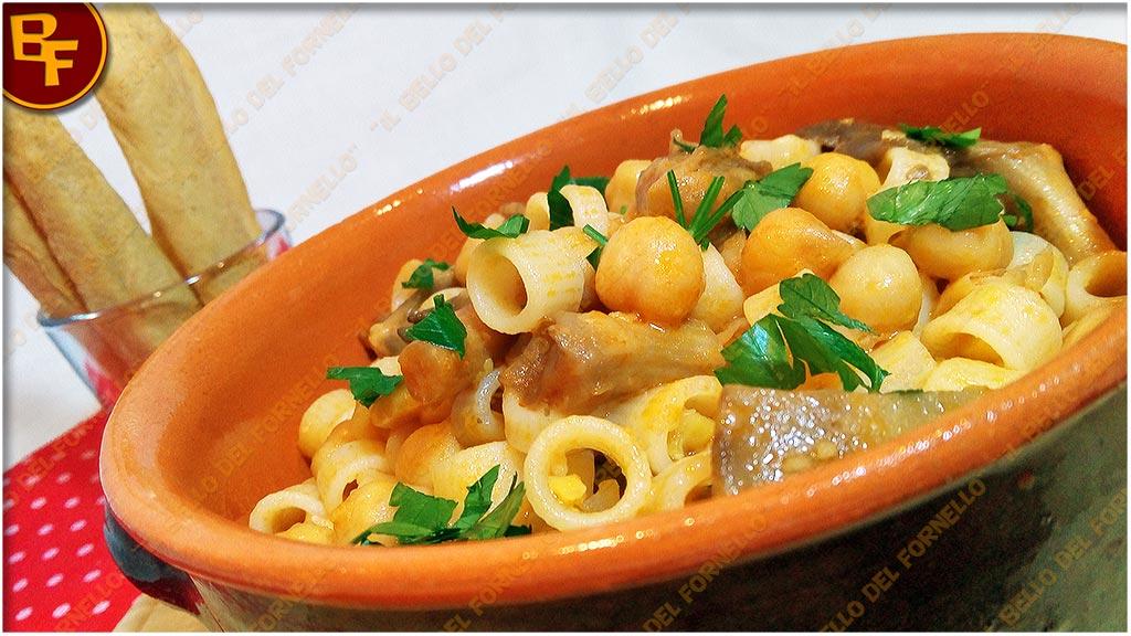Pasta semi risottata con ceci e funghi