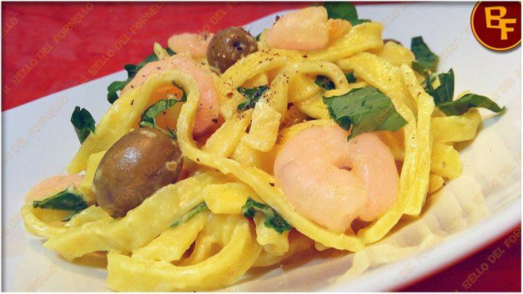 tagliatelle-cremose-con-gamberetti-ed-olive-01