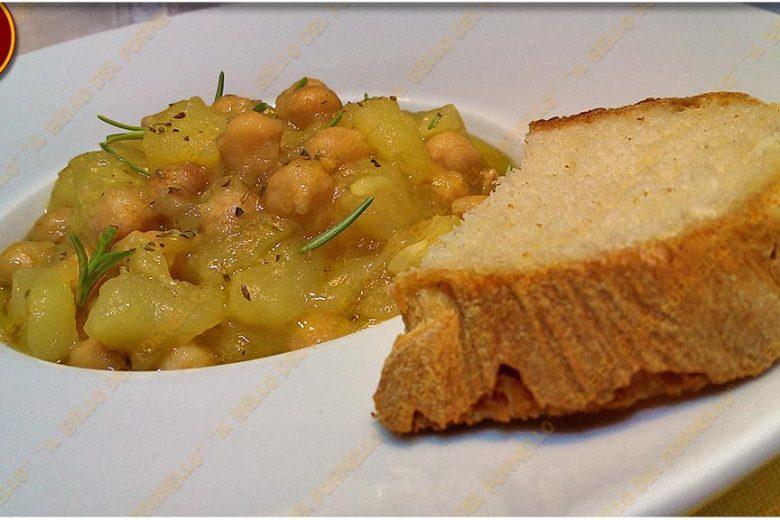 Zuppa di ceci con patate e zucchine