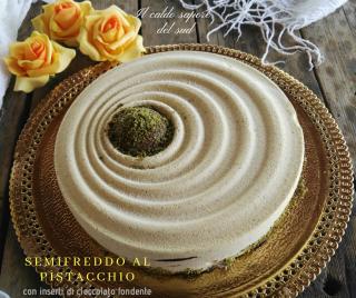 Semifreddo al pistacchio con cioccolato fondente
