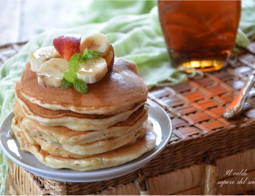 Pancakes facili e veloci impasto in ciotola