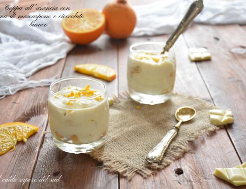 Coppa all'arancia con crema di mascarpone e cioccolato bianco velocissima