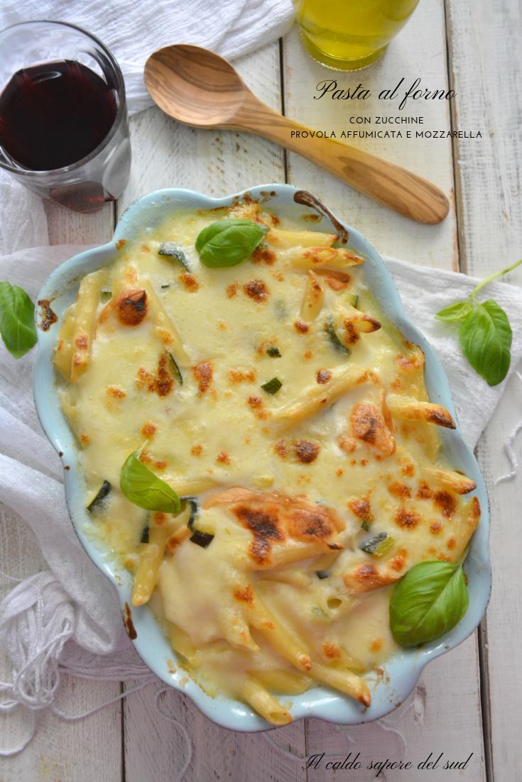 Pasta al forno con zucchine e provola affumicata