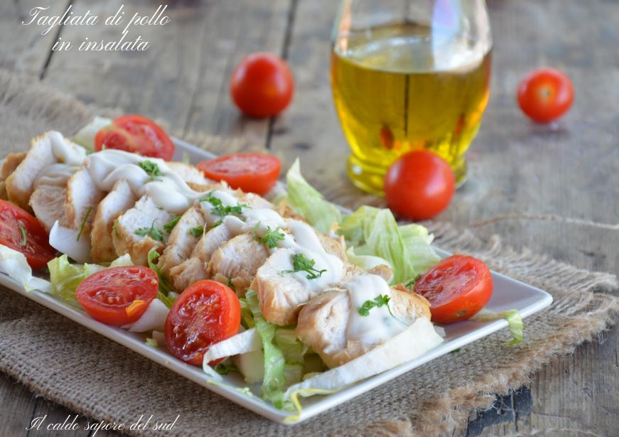 Tagliata di pollo in insalata cottura i padella