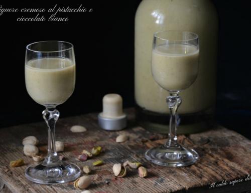 Liquore cremoso al pistacchio e cioccolato bianco