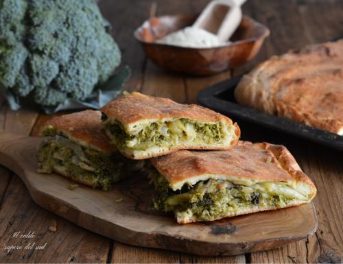 Scacciata di broccoli ricetta siciliana