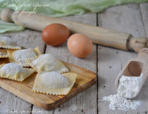 Pasta fresca ripiena ai funghi
