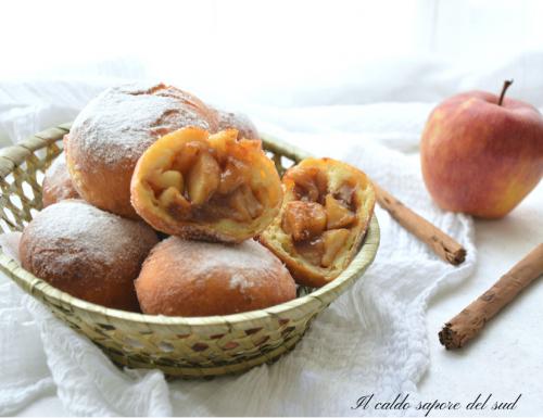 Bomboloni ripieni di mele e cannella