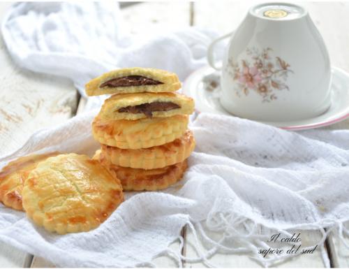 Biscotti alla nutella con pasta frolla delicata
