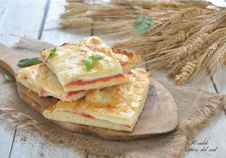 Pizza parigina con pasta sfoglia