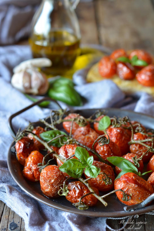 Pomodorini confit interi cotti al forno