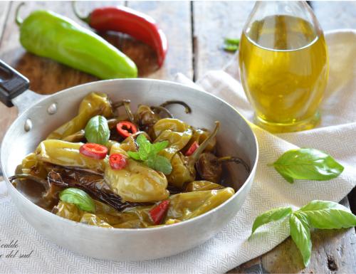 Peperoni cornetti in agrodolce con aceto balsamico