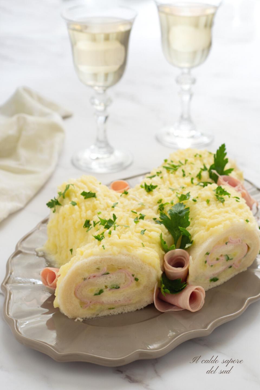 Tronchetto di natale al prosciutto con patate e maionese