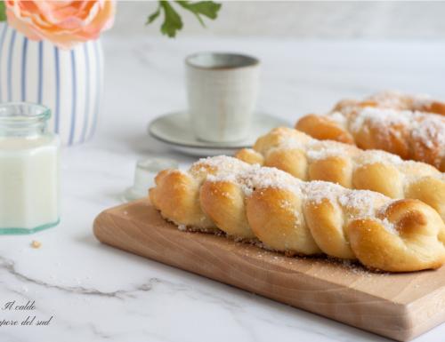 Trecce con lo zucchero siciliane brioches senza uova e burro