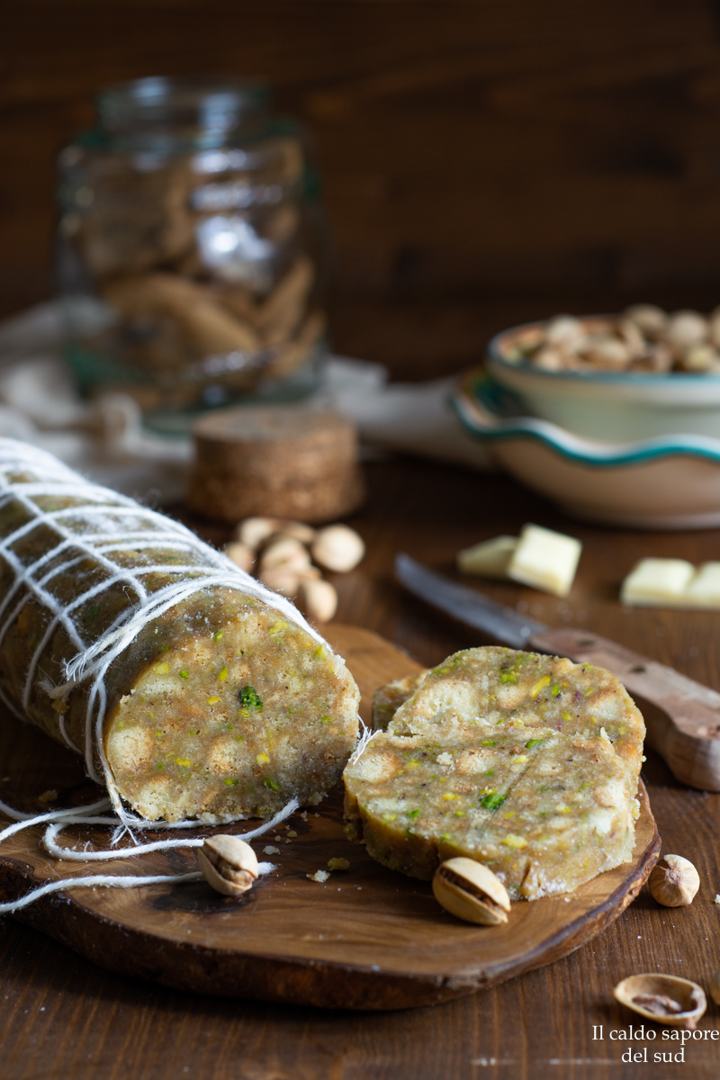 Salame di cioccolato al pistacchio fatto in casa