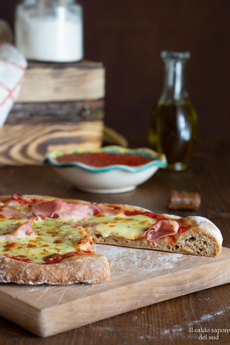 Pizza integrale a lunga lievitazione con grani antichi e timilia
