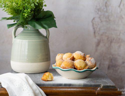 Castagnole velocissime alla panna ricetta morbida