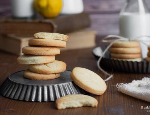 Biscotti di pasta frolla al limone  ricetta della nonna