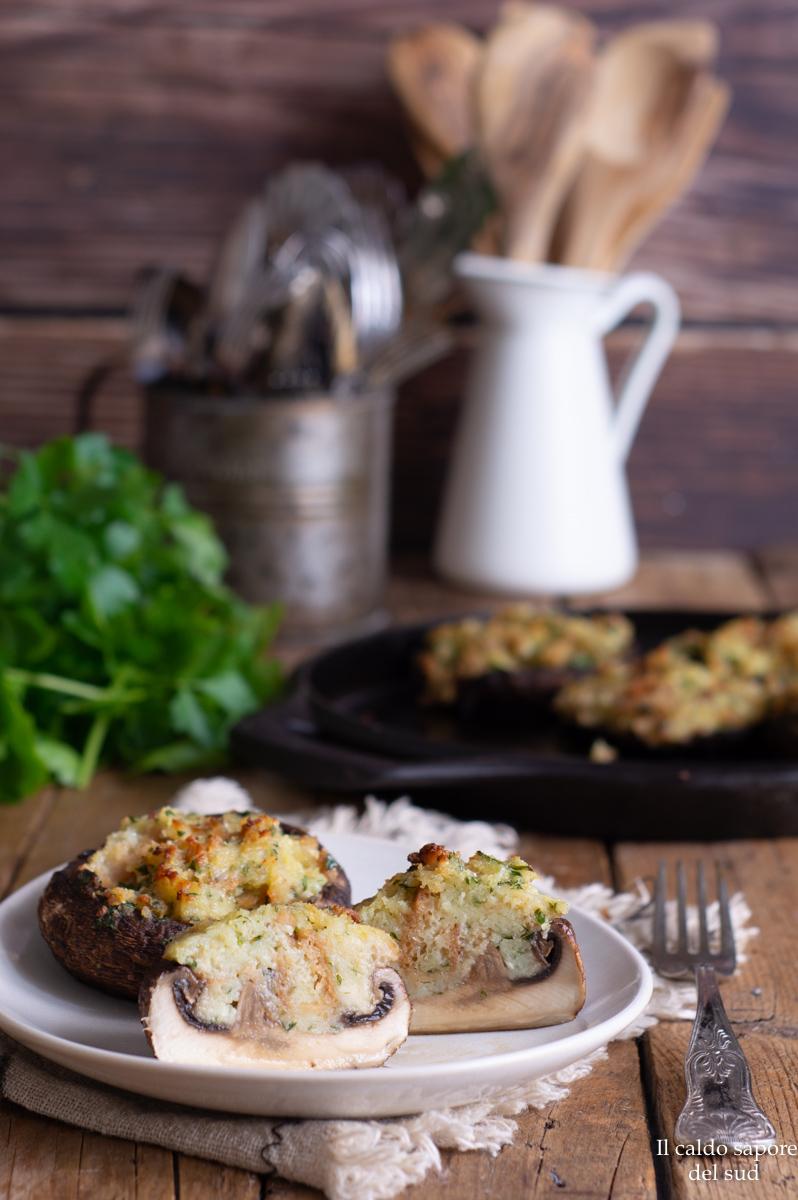 Funghi portobello ripieni al forno ricetta vegetariana