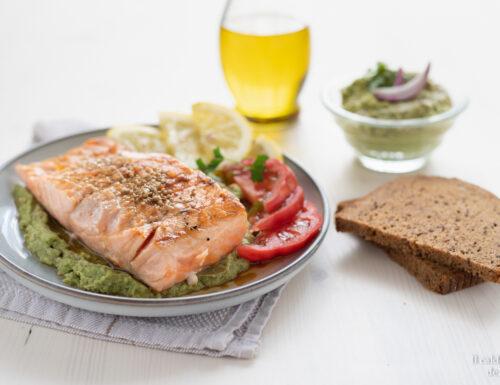 Filetto di salmone in salsa di avocado