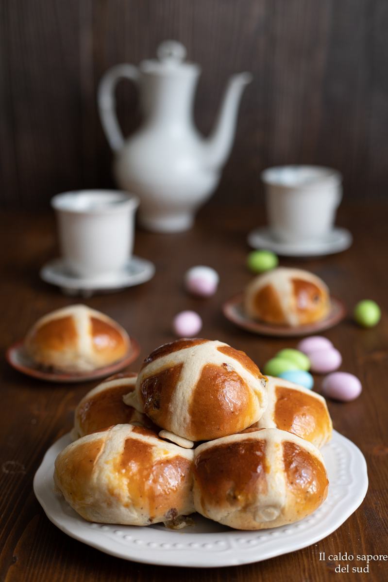 Hot cross buns dolce pasquale inglese