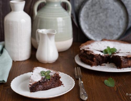 Torta tenerina al cioccolato fondente ricetta veloce