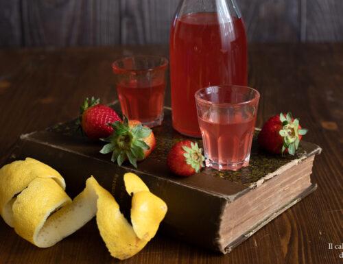 Liquore alle fragole e limone