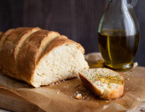 Pane con semola rimacinata e lievito di birra secco