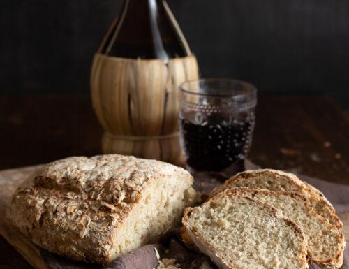 Pane rustico ai fiocchi d'avena