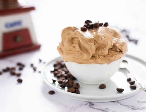 Gelato al caffè furbo senza uova e senza gelatiera