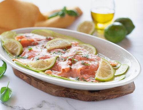 Carpaccio di zucchine con salmone affumicato marinato