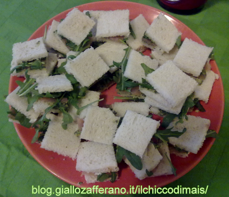 mini sandwich con pesto e salmone ricetta il chicco di mais