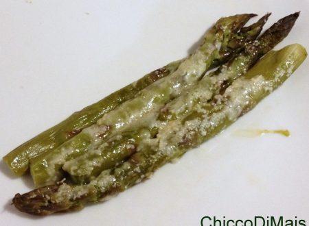 Asparagi al gratin (ricetta facile)