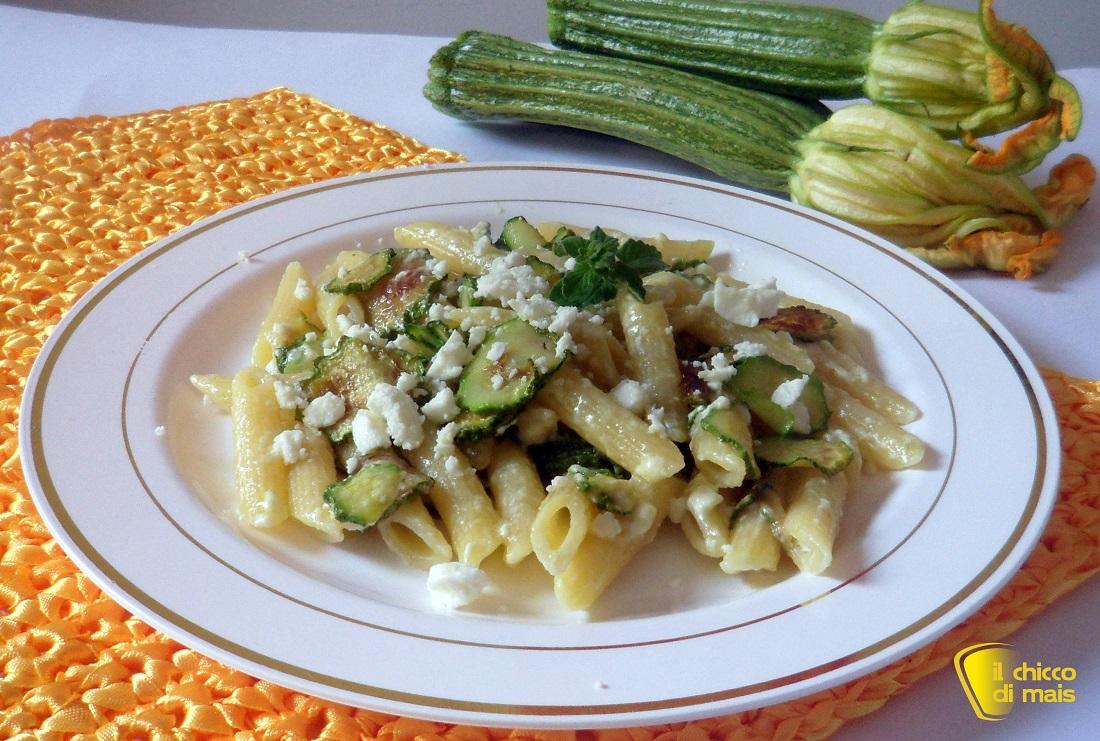Pasta con feta e zucchine ricetta veloce il chicco di mais