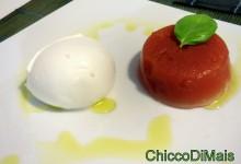 Caprese con gelatina di pomodoro (ricetta della caprese rivisitata)