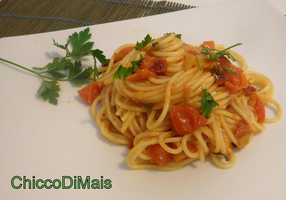pasta ai quattro pomodorini ricetta estiva il chicco di mais