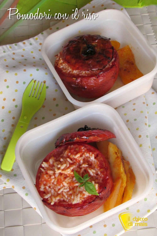 verticale_pomodori con il riso ricetta originale romana cibo da spiaggia o da picnic