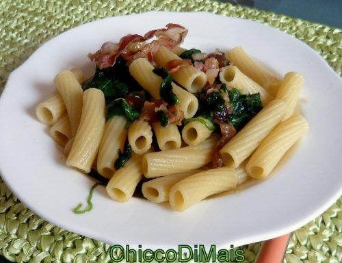 Pasta con pancetta e spinacino