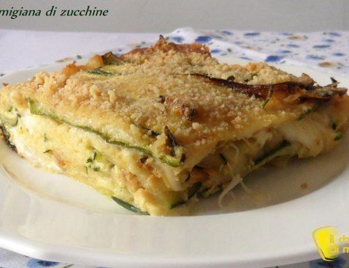 Parmigiana di zucchine in bianco (ricetta vegetariana)