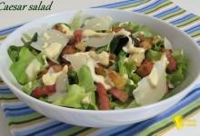 Caesar salad (ricetta con salsa Caesar fatta in casa)
