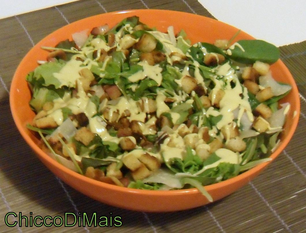 Caesar salad (ricetta con salsa Caesar fatta in casa). | Il chicco di ...