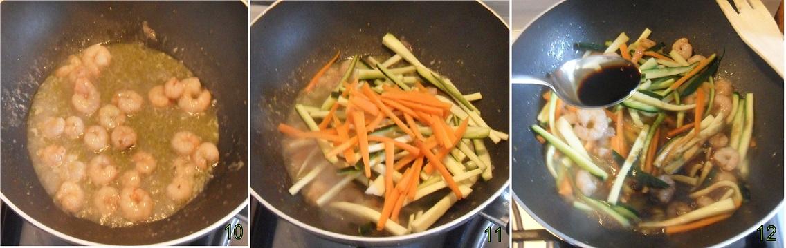 Spaghetti di riso con gamberi e verdure 4 cuocere verdure