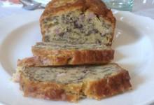 Plum cake salato con pancetta e radicchio (ricetta antipasto)