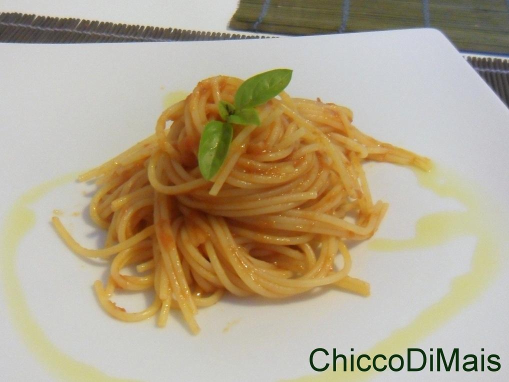 Spaghetti al pomodoro ricetta della campionessa mondiale il chicco di mais