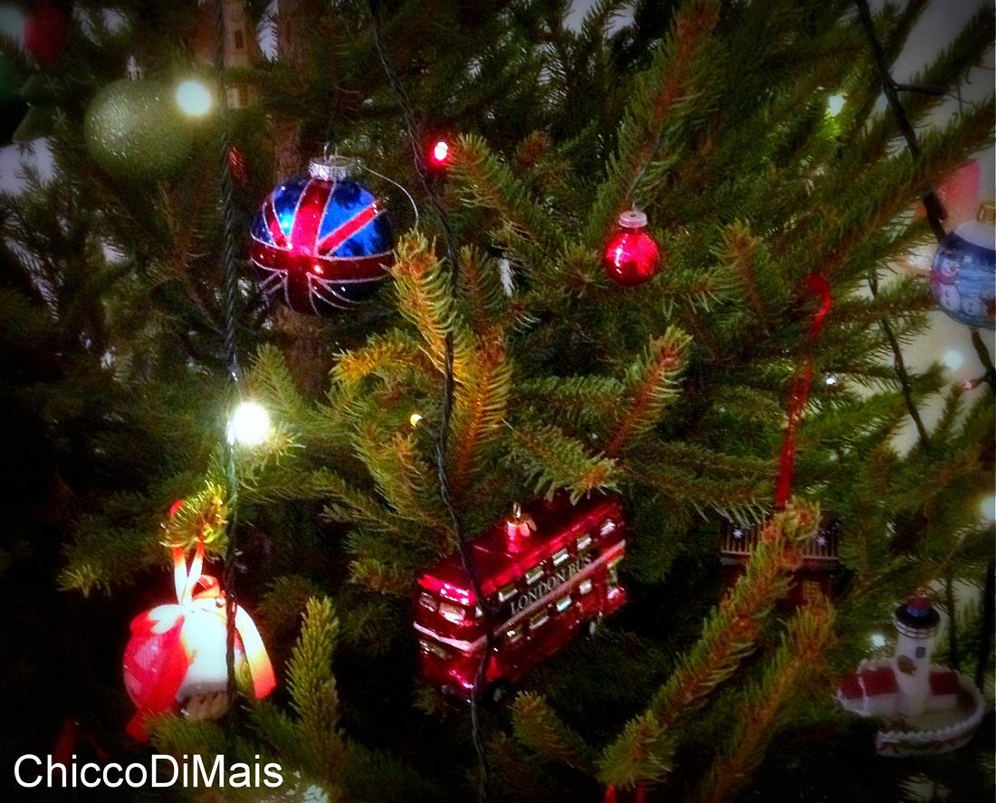 Tanti auguri di Buon Natale dal Chicco di Mais