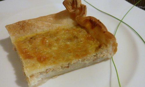 Torta salata con tonno e stracchino (ricetta veloce)