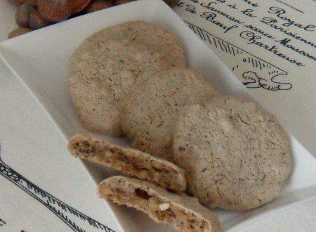 Biscotti alla frutta secca (ricetta del riciclo)