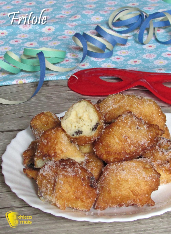verticale_Fritole veneziane ricetta originale frittelle di Carnevale con uvetta il chicco di mais